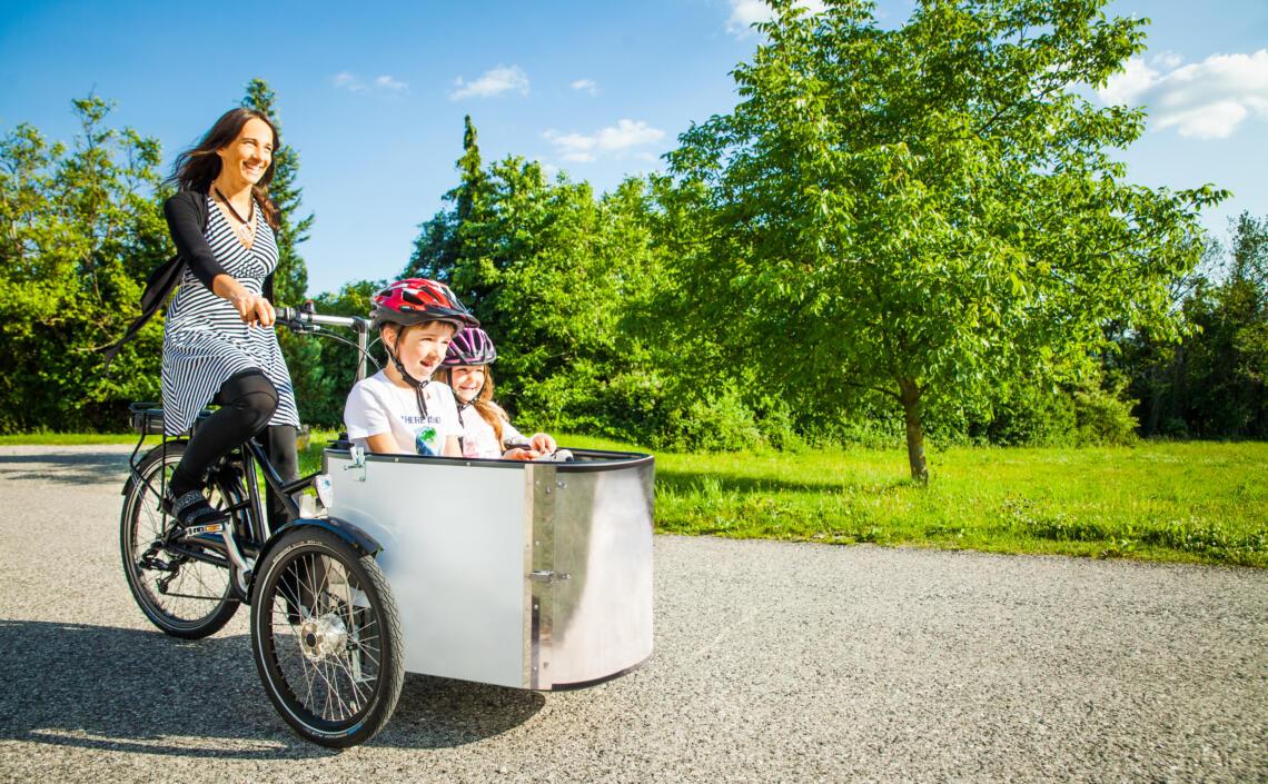 Oberösterreich radelt - Familie radelt mit dem Lastenrad
