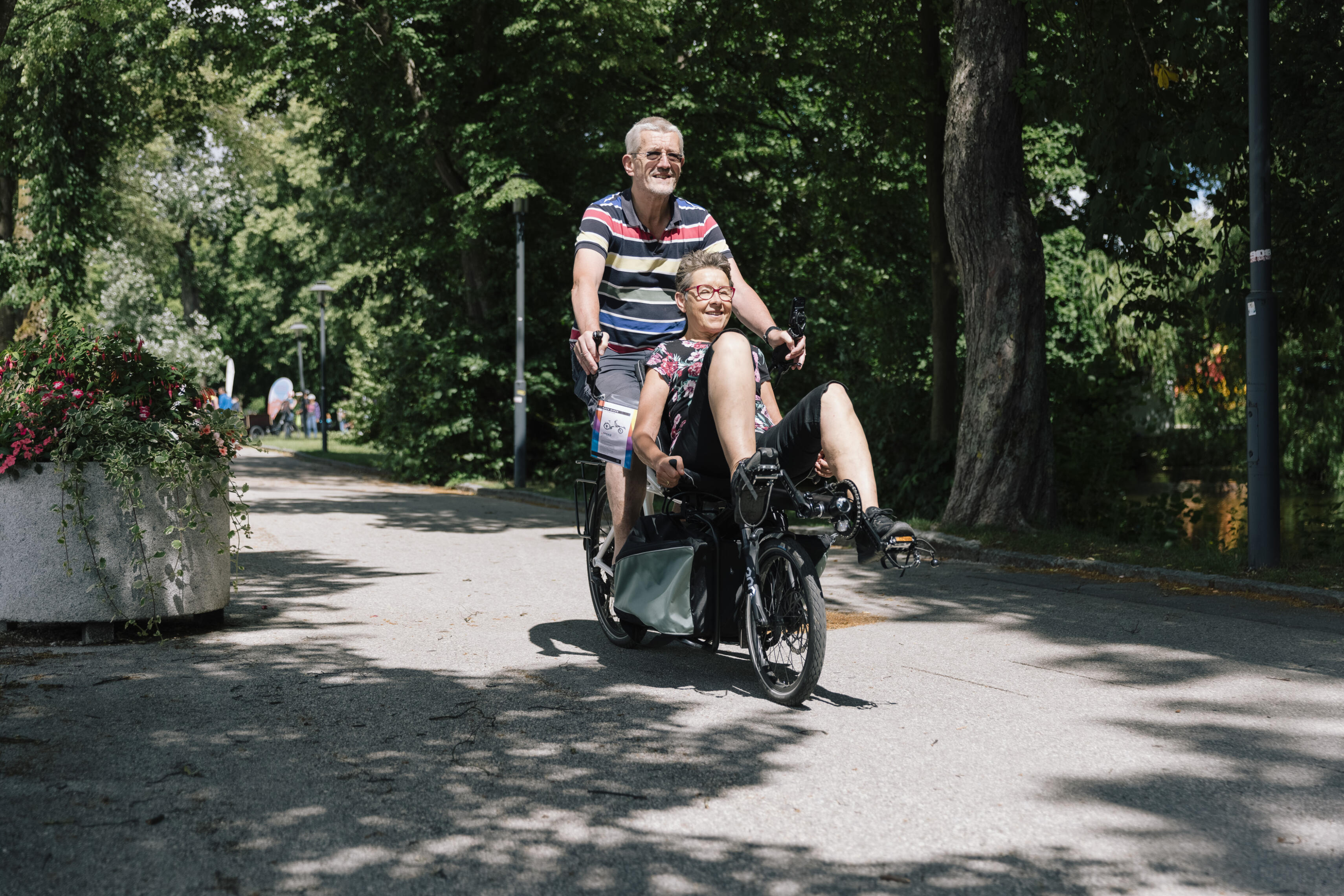Älteres Paar auf Hase Pino